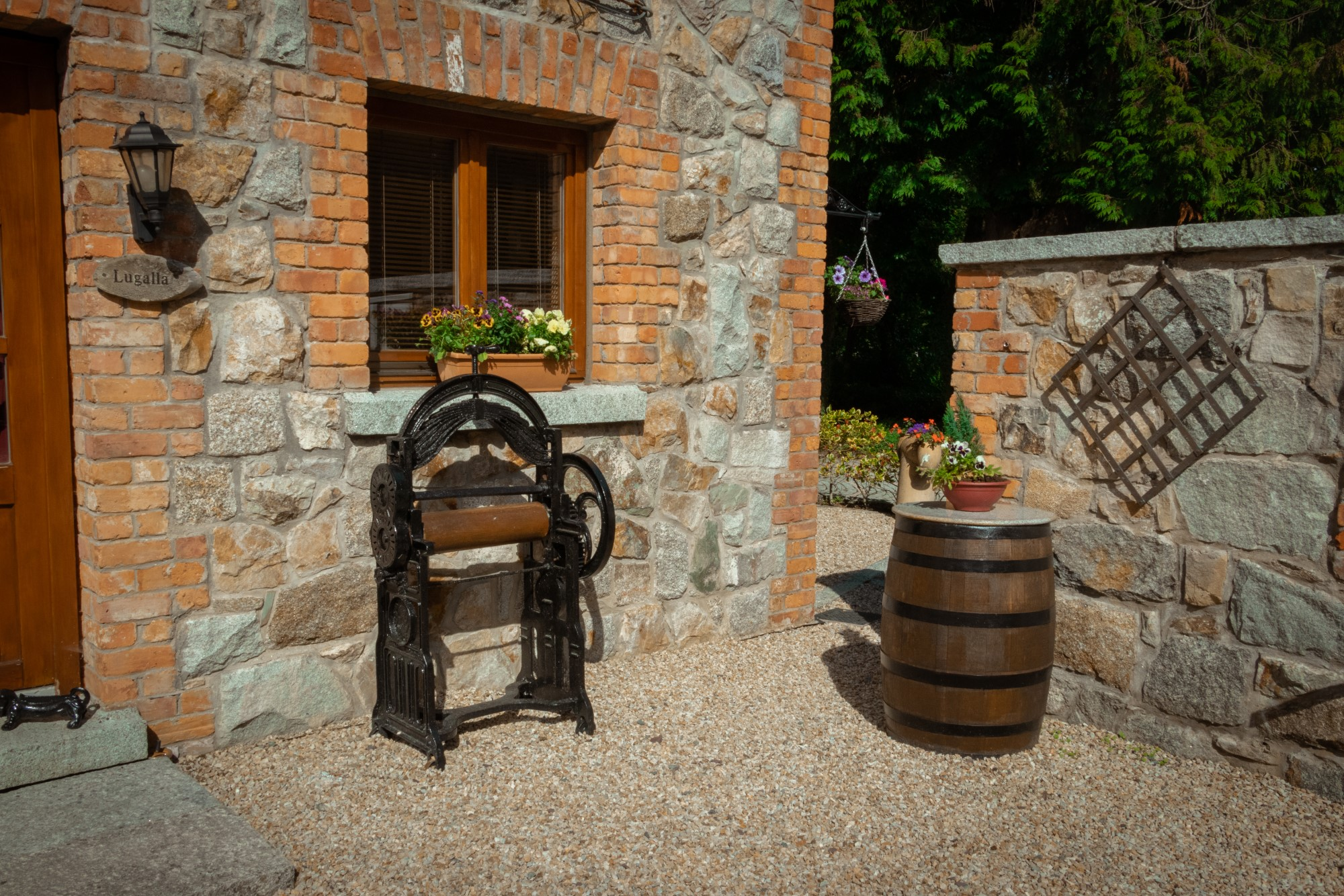 Lugala House - Outside 1 - Croneybyrne Courtyard